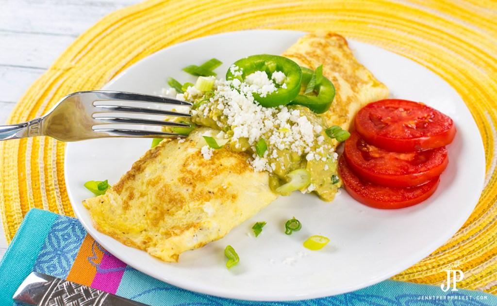 Creamy-Guacamole-KNORR-Mexican-Omelet-jenniferppriest