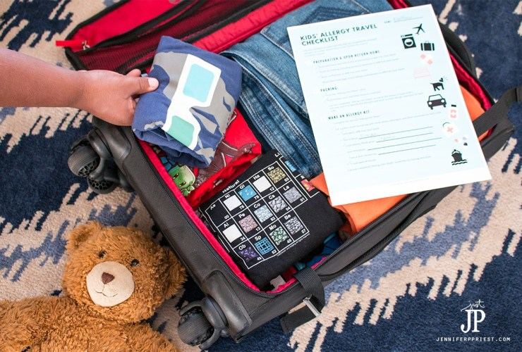 Travel packing list for kids with seasonal allergies #FreeToBe