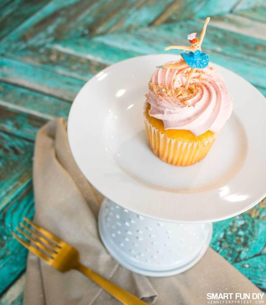 Tub You Yogurt Tub Craft 3 Diy Cake Plate Ideas