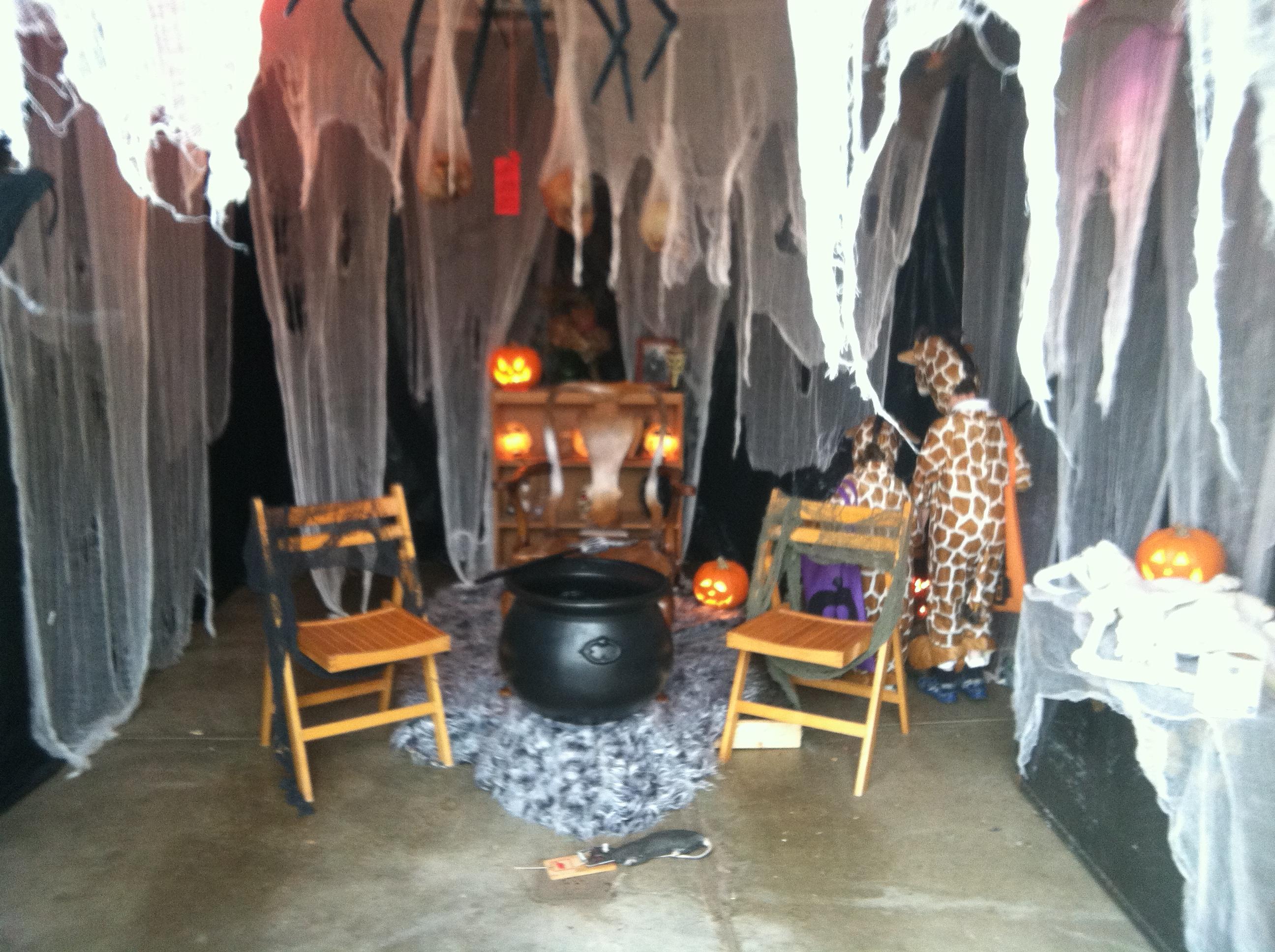 Halloween Home & Garage Decorations | Smart Garage on Garage Decoration  id=67226