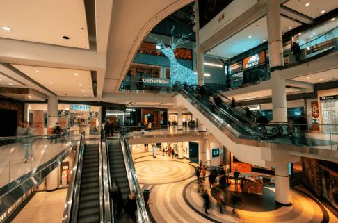 peak season in mall