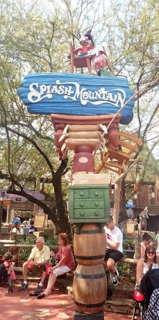 Splash Mountain Sign