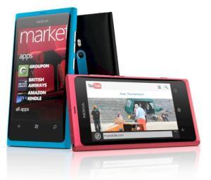 Nokia Lumia 800 (Bild: Nokia)