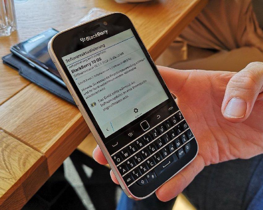 Blackberry Classic bekommt live auf dem Usertreffen ein Firmware-Update (Foto: SmartPhoneFan.de)