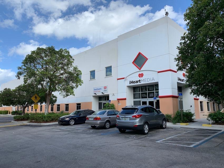 Eingang zu iHeartRadio Miami (Foto: SmartPhoneFan.de)
