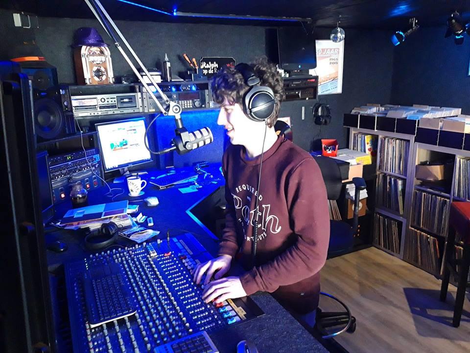 Blick ins Studio von Hitradio RNI (Foto: Hitradio RNI)