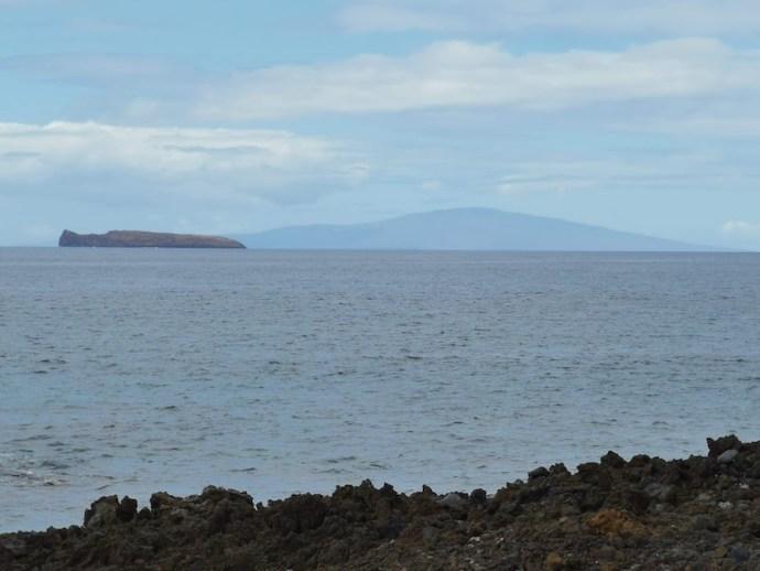 Molokini Crater und im Hintergrund Lanai (Foto: SmartPhoneFan.de)