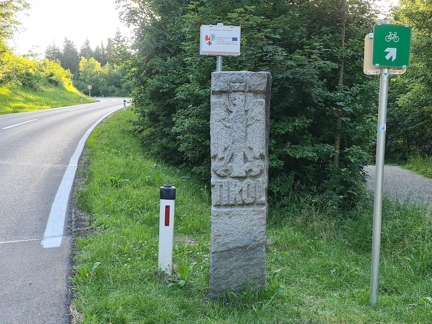 An der Grenze zum kreditkartenfeindlichen Österreich (Foto: SmartPhoneFan.de)