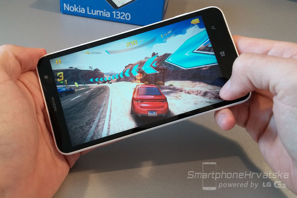 NOKIA LUMIA 1320 PERFORMANSE