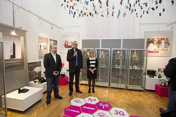 25-godina-mobilne-telefonije-rajic-tomaskovic-rapaic