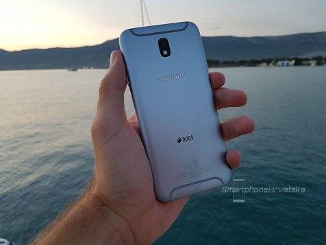 Galaxy J7 2017 recenzija (7)