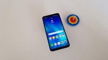 LG V30 recenzija (7)