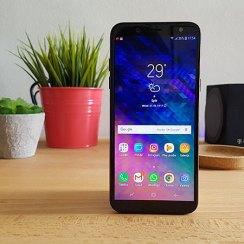 galaxy A6 2018 recenzija