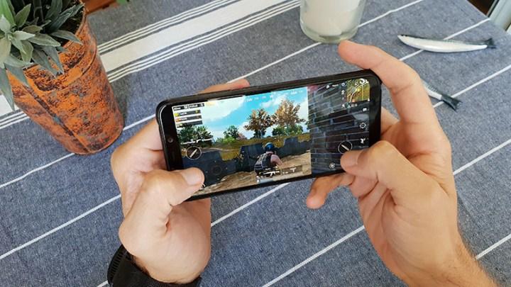 Pocophone F1 Recenzija gaming