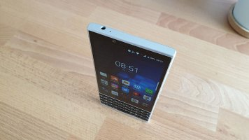BlackBerry Key2 Recenzija (5)