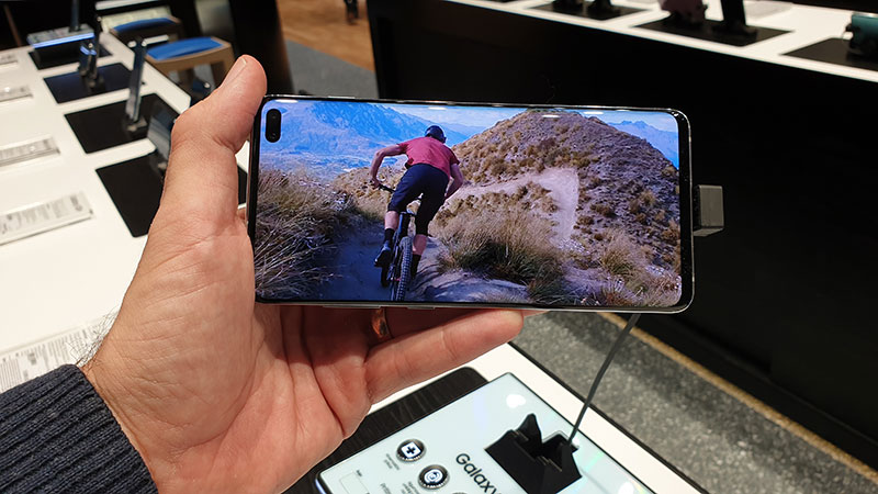 Evo koliko košta zamjena zaslona Galaxya S10
