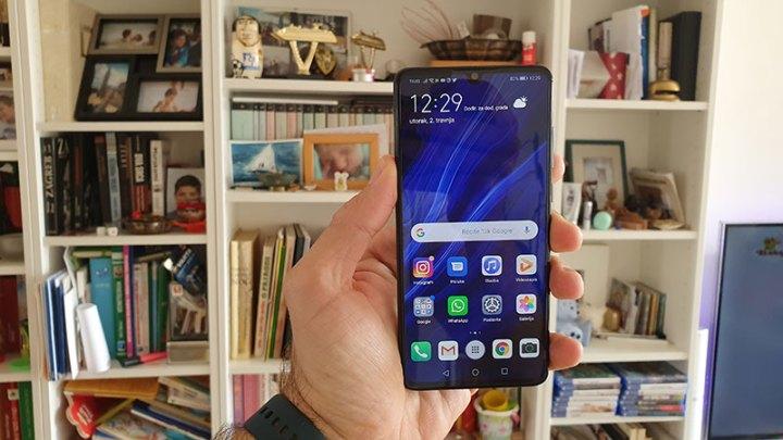 Huawei P30 Recenzija