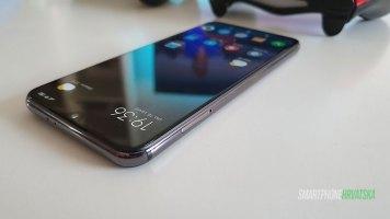 Xiaomi-mi-9-SE-Recenzija-(18)