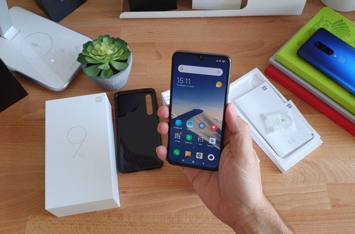 Na testu: Xiaomi Mi 9 SE - Unboxing i prvi dojmovi