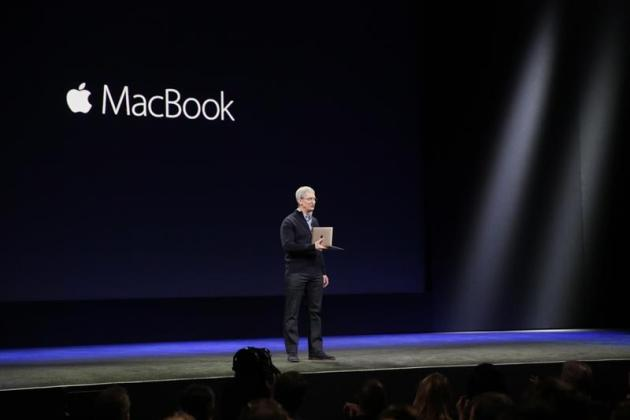apple-macbook-tim-cook