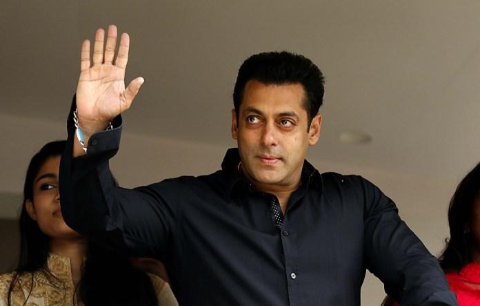 Salman khan being.smart phones