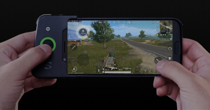 Xiaomi Black Shark Gaming Phone With Snapdragon 845 Goes