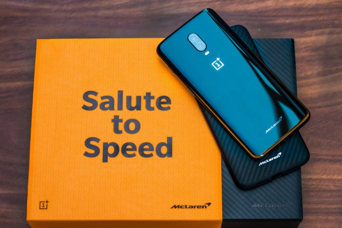 Oneplus Mclaren Edition pays tribute to speed
