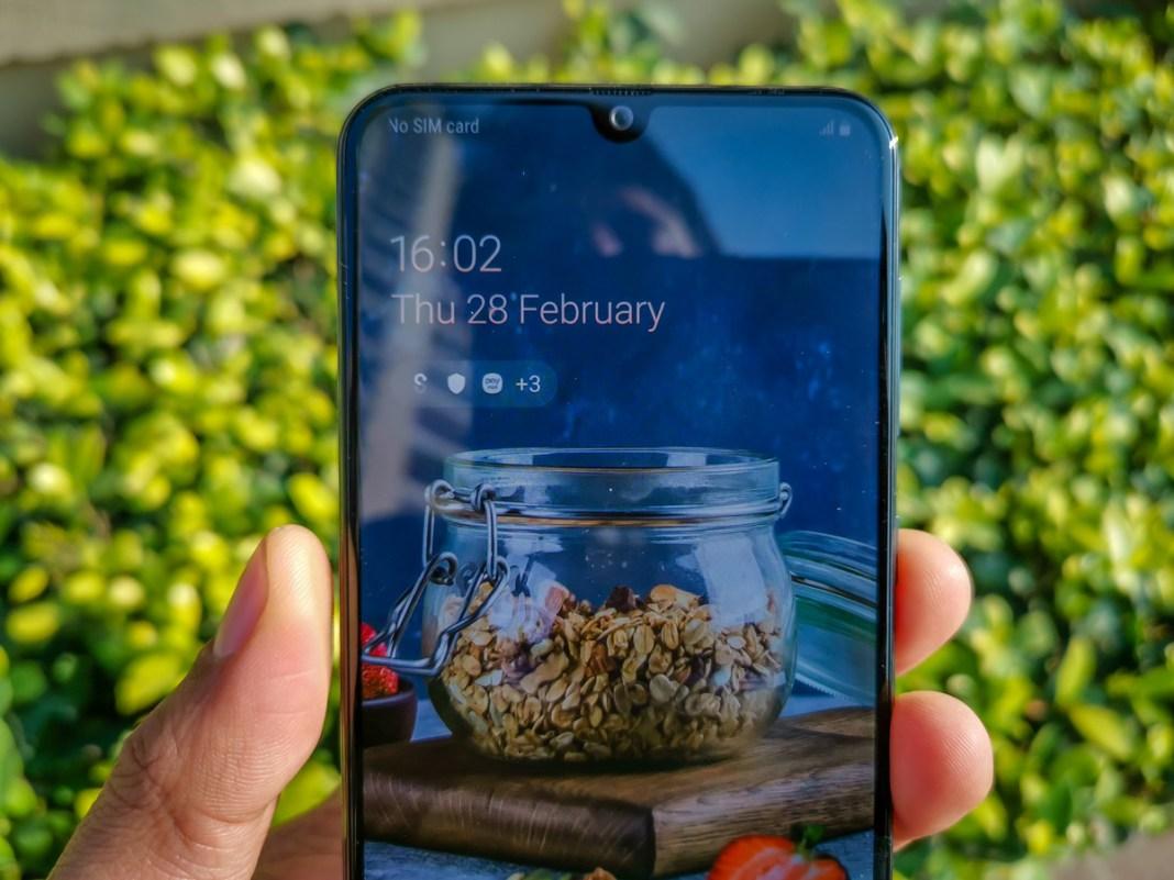مواصفات Samsung Galaxy A30 مراجعة كاملة من مميزات وعيوب