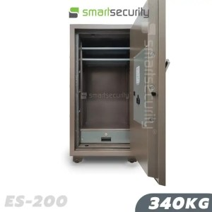 This is a picture of the Eagle safe ES 200 340KG Fireproof Home and Business Safe Box open