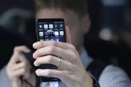 Allarme 007 Usa su smartphone cinesi