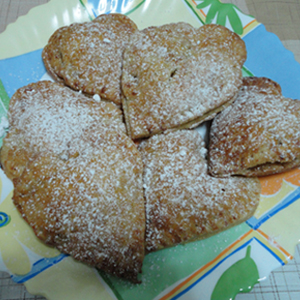 VALENTINES APPLE PIES 13
