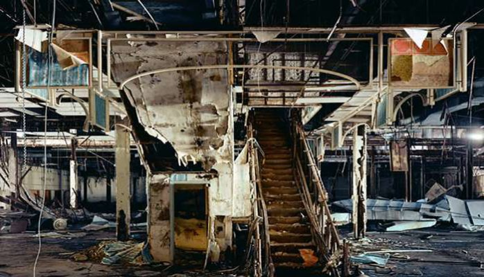 What a dead shopping mall looks like. Picture from Ghosts of Shopping Past by Brian Ulrich.