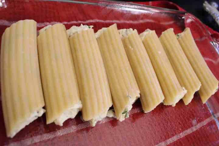 Stuffed Manicotti Pasta Shells