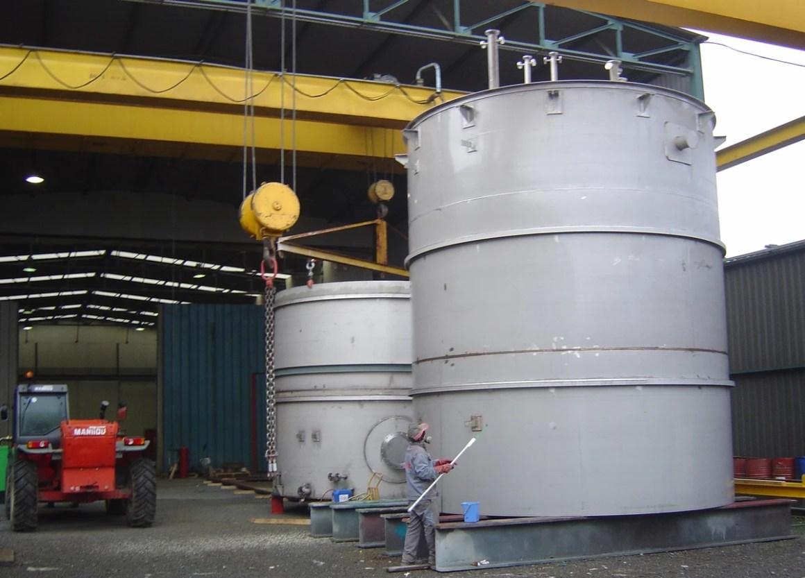 Réservoir de stockage d'acide benzoïque