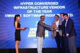 MR. SUNIL PAUL COO AND SUDHEER KUMAR CTO OF FINESSE ARE GIVING AWARD OF BEST HYPER CONVERGED INFRASTRUCTURE VENDOR TO VMWARE SOFTWARE