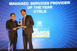 MR.ALTAF HALDE, COUNTRY MANAGER, KASPERSKY LAB INDIA AND SOUTH ASIA GIVING AWAY THE AWARD OF BEST MANAGED SERVICES PROVIDER OF THE YEAR TO CTRLS