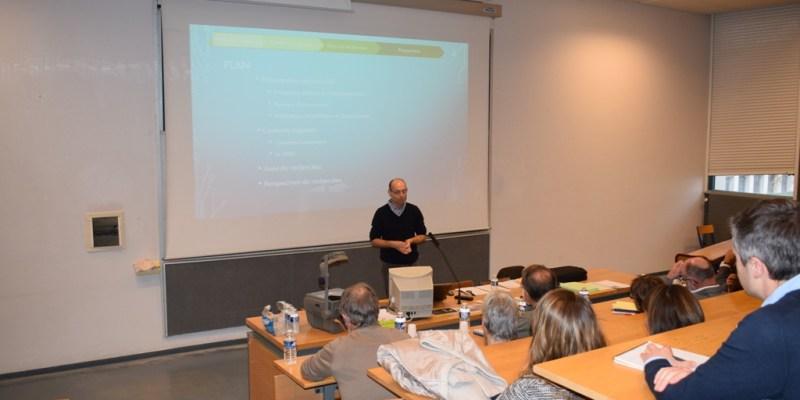 Olivier Basuyaux présente son exposé (@SMEL)