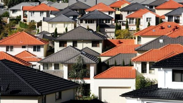 Sydney housing prices lock out young people from property ...