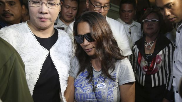 Maria Kristina Sergio, centre, who allegedly recruited Mary Jane Veloso to smuggle heroin.