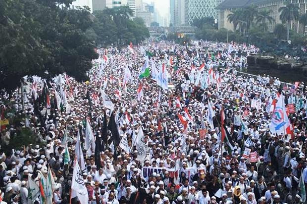 Image result for muslims protesting suharto