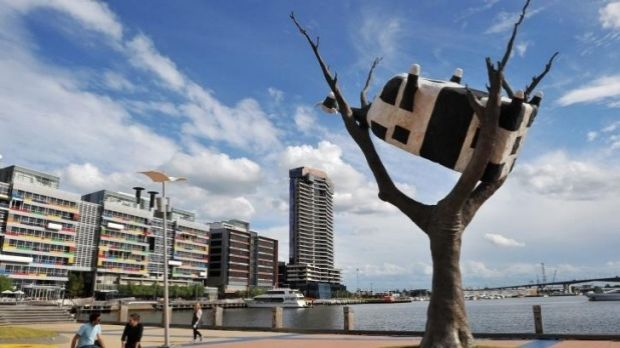 Upside down cow at Docklands.