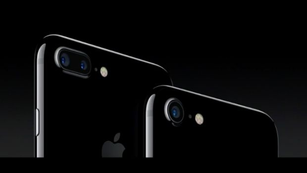The new iPhone 7 and iPhone 7 Plus come in jet black.