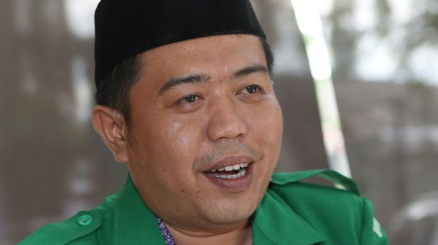 Dendy Zuhairil Finsa, the head of the youth wing of Nahdlatul Ulama in Jakarta, says he has a duty to protect all religions.