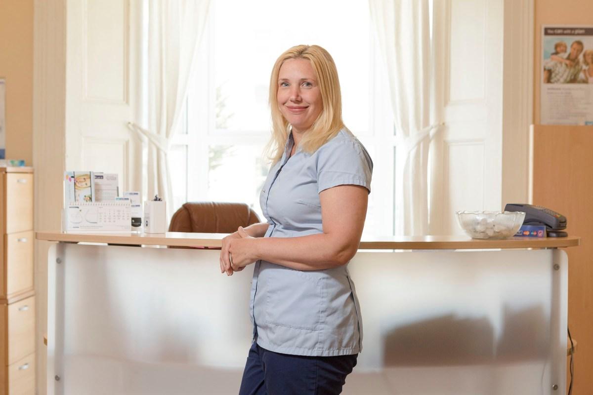 Mrs Tina Bell – Registered Dental Nurse dentist