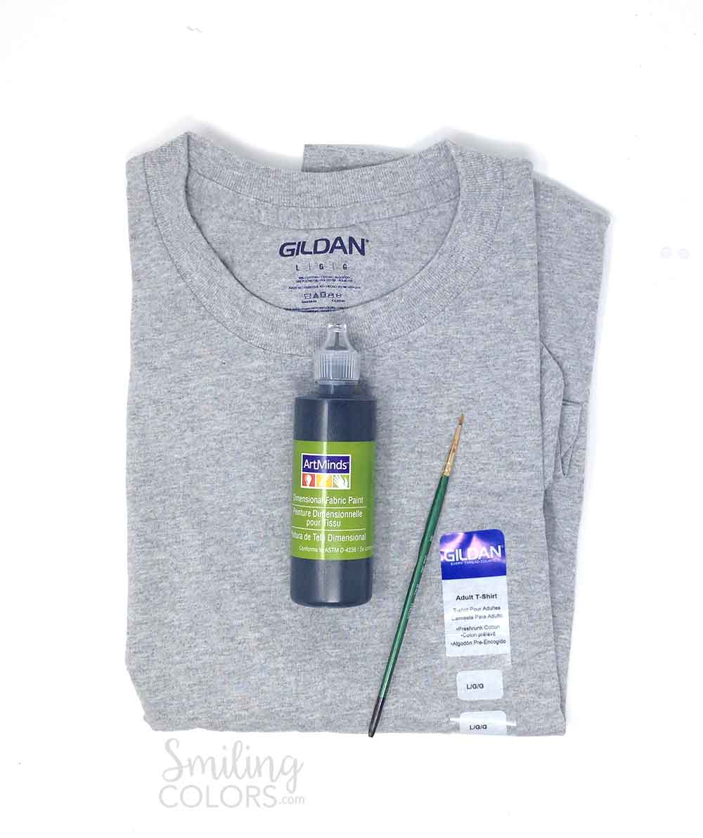 hand letter on your T Shirt with fabric paint