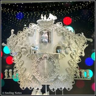 lord and taylor holiday display