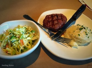 steak-sirloin-mashed potatoes-coleslaw
