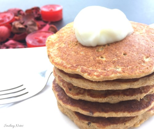Healthy Apple Pie Oat Pancakes