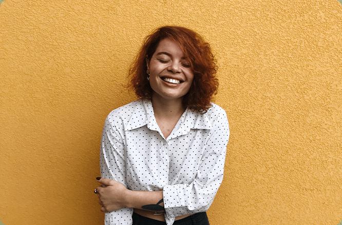 Sorriso e autoestima. experiência com alinhadores transparentes