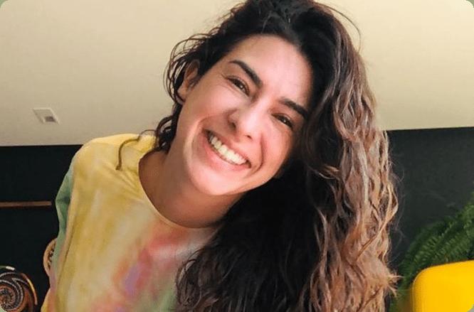 sorriso Fernanda após usar aparelho invisível